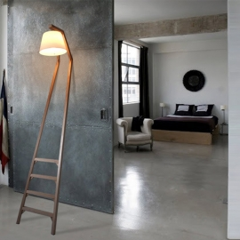 Wooden Ladder Floor Lamp